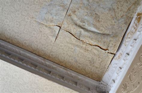 Wasserschaden An Der Decke by Wasserschaden An Der Decke 187 Reagieren Sie Schnell