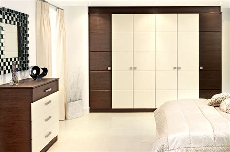 hinged fitted wardrobes sdwc