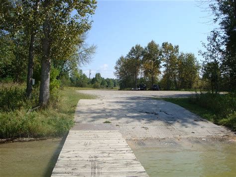 dnr boat launch crooked lake boating access site michigan water trails