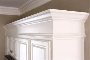 Kitchen Cabinet Moldings And Trim The Yellow Cape Cod Sub Zero And Wolf Delicious Design