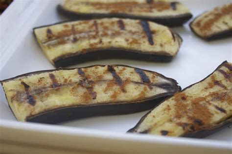 grilled banana dessert simple dessert grilled bananas posted by fragoso