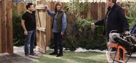 tonight a home improvement reunion on last standing
