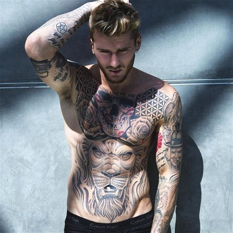 dabs tattoo instagram 3754 best images about guys with tatts on pinterest