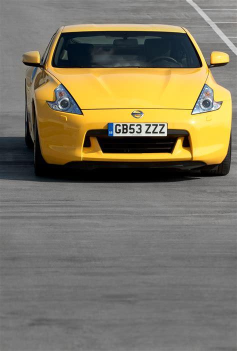 nissan yellow nissan 370z yellow