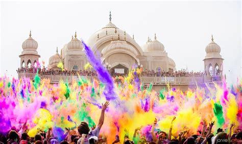 festival of colors utah colorful powder fills the air at utah s festival of color