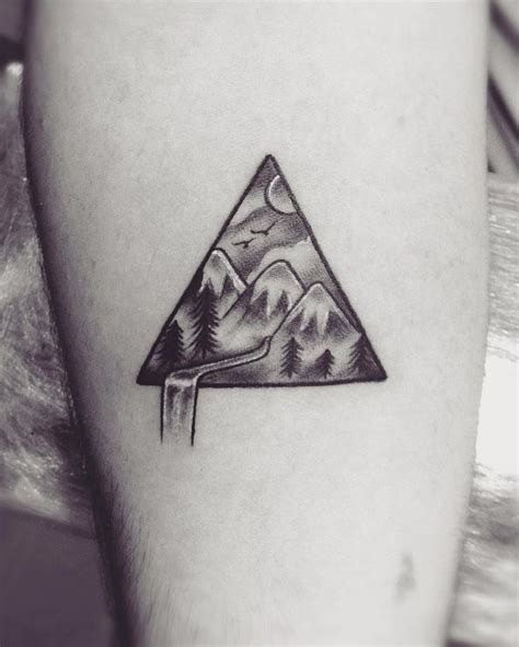 triangle tattoo meanings 25 best ideas about triangle meanings on