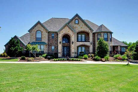 really nice big houses i like this house may be a big for for us but its pretty products i in 2019