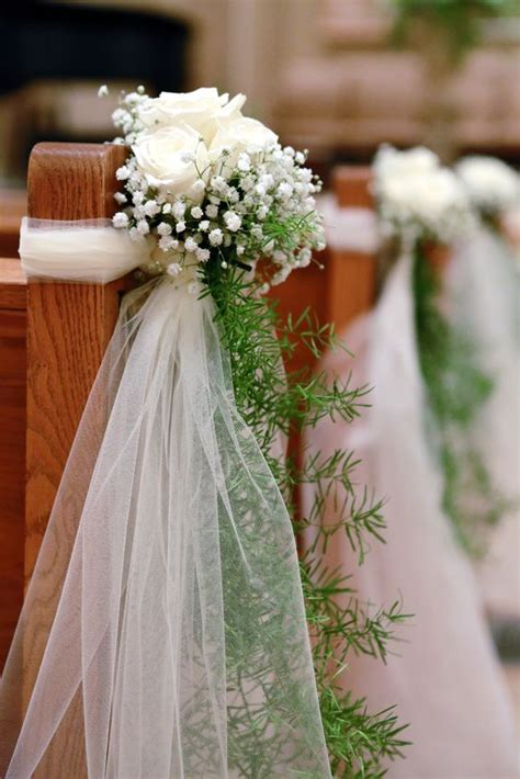 Baby S Breath Wedding Aisle by 21 Stunning Church Wedding Aisle Decoration Ideas To