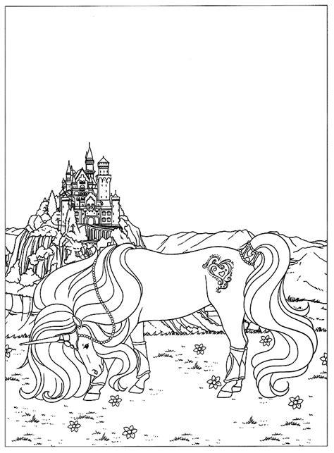 coloriage licorne devant un magnifique ch 226 teau de contes