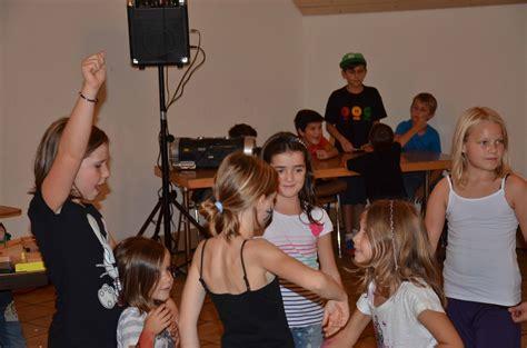 Soliday Stiftung by M 228 Genwil Machen Und Anderen Kindern Helfen Reussbote