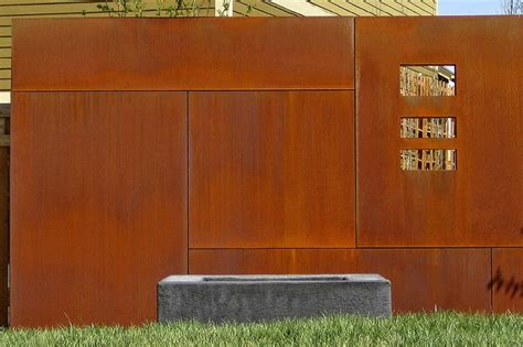 How To Choose The Right Fence 45 Delightfully Different Garden Walls And Fences