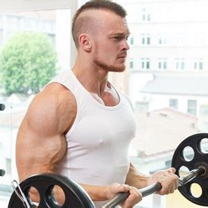 alimentazione per sviluppare i muscoli aumentare la massa muscolare allenamento alimentazione