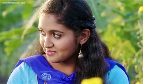 sairat film actress name rinku rajguru sairat movie actress photos biography images