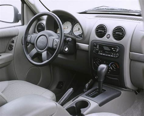 jeep liberty limited interior 2002 2007 jeep liberty pre owned truck trend