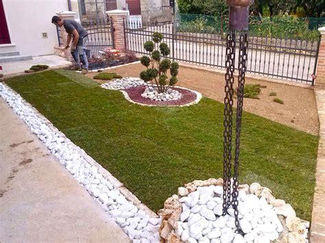 realizzazione aiuole per giardino realizzazione giardini vicenza trifolium giardini vicenza