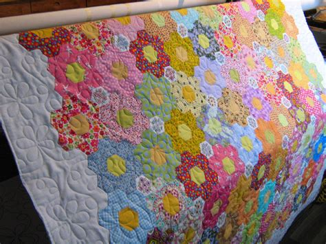 Grandmother S Flower Garden Quilt Inch By Inch Quilting Grandmother S Flower Garden Quilt By