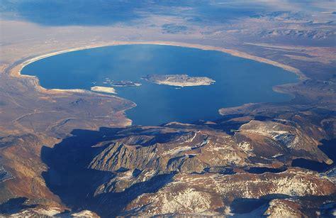 muno lade file mono lake ca jpg wikimedia commons