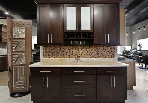 Traditional Kitchen Cabinets Chicago Hbe At Cheap Find Discount Kitchen Cabinets Chicago