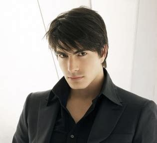mens medium hairstyles with bangs pakistani cricket players men hairstyle 2010