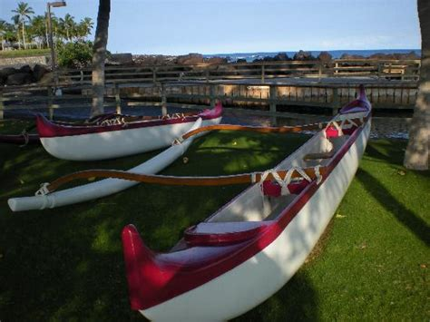 canoe boat house outrigger canoes near mauna lani boat house photo de