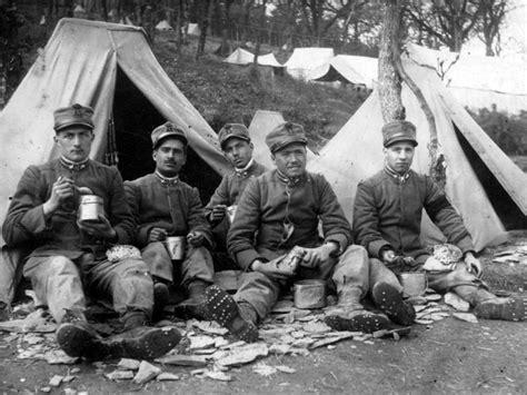 alimentazione durante la prima mondiale giugno 1915 buon cibo e bei vestiti si va alla