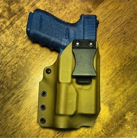 glock 19 iwb holster with light iwb kydex holster for glock 19 w tlr1 light mod in