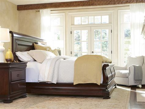 poundex f9231 louis philippe sleigh bedroom set cherry sleigh bed sarah sleigh bed with low footboard