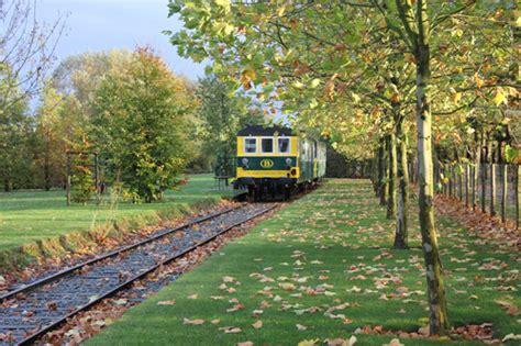 carrozze ferroviarie dismesse la d albergo e sul treno viral news