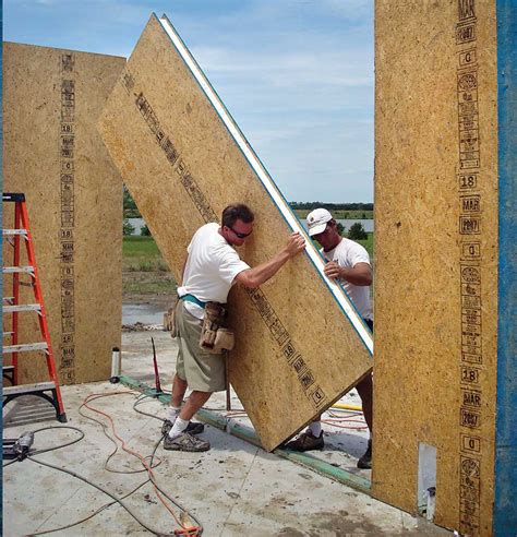 Building With Sips Build With Sips Diy Mother Earth News