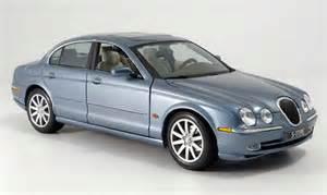 Maisto Jaguar Jaguar S Type Blue Gray Maisto Diecast Model Car 1 18