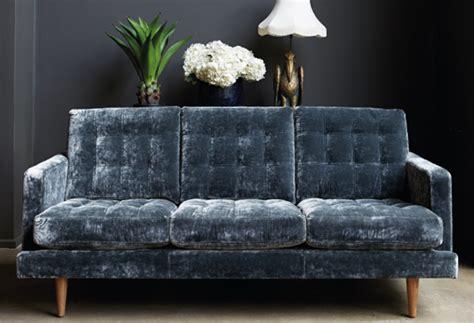 10 Easy Pieces The Blue Velvet Sofa Luxe Best Velvet For Sofas Sofa Menzilperde Net