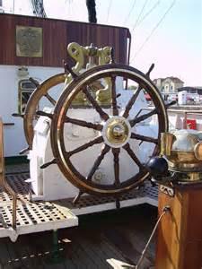 barre safran bateau gouvernail vikidia l encyclop 233 die des 8 13 ans