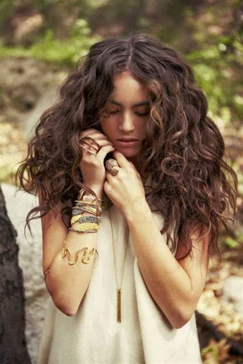bohemian curls hairstyle pictures best 25 long curly haircuts ideas on pinterest curly