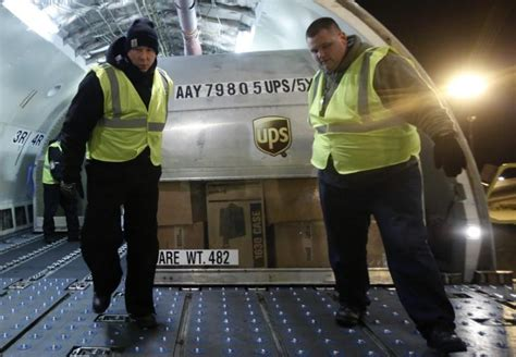 ups ceo   bln order  boeing  freighters