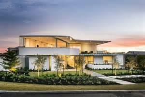 Coastal Interior Design by Minimalist Aesthetics Define Resort Styled Private Perth
