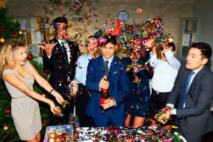 How To Be A Party Planner Holiday Office Party Etiquette Tips Reader S Digest