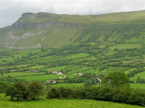 green wallpaper ireland hilly areas of the world green hills hd wallpapers