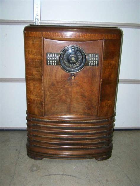 Zenith Floor Radio by Quot Quot Antique Zenith Console Floor Model Distance