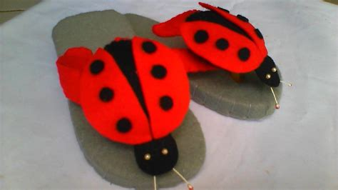 Sandal Kreasi 6 sandal karakter dari kain flanel