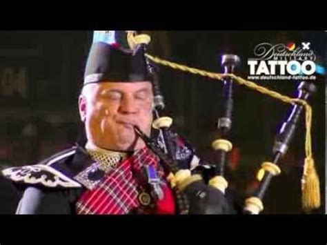 edinburgh tattoo highland cathedral 1st battalion scots guards homecoming parade glasgow 2013