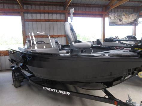 crestliner boats 1650 fish hawk 2019 crestliner 1650 fish hawk sc the boat place