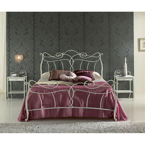 letto in ferro battuto singolo letto singolo in ferro battuto venere viadurini collezione
