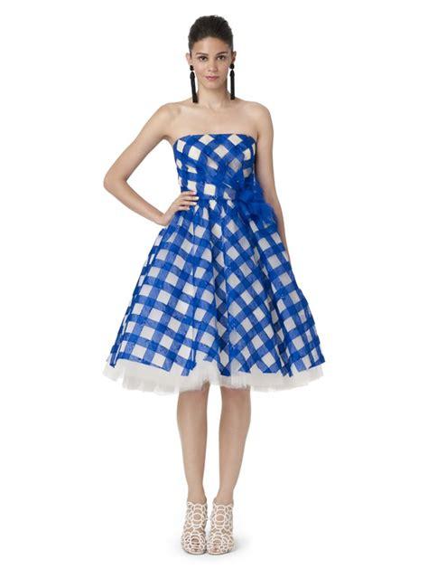 imagenes de vestidos impresionantes tres impresionantes vestidos en azul para invitadas por