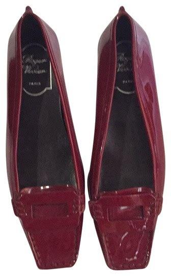 Roger Vivier Flats Size 37 roger vivier burgundy patent leather flats size eu 37