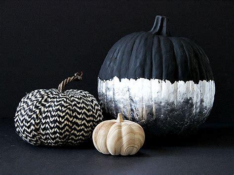 the perfect diy pumpkin seed flower decoration cret 237 que diy halloween pumpkin decorating projects