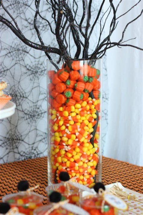40 easy to make diy halloween decor ideas diy home things 40 easy to make diy halloween decor ideas