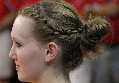 volleyball hairstyles curly hair 32 delicate hairstyles with braids creativefan