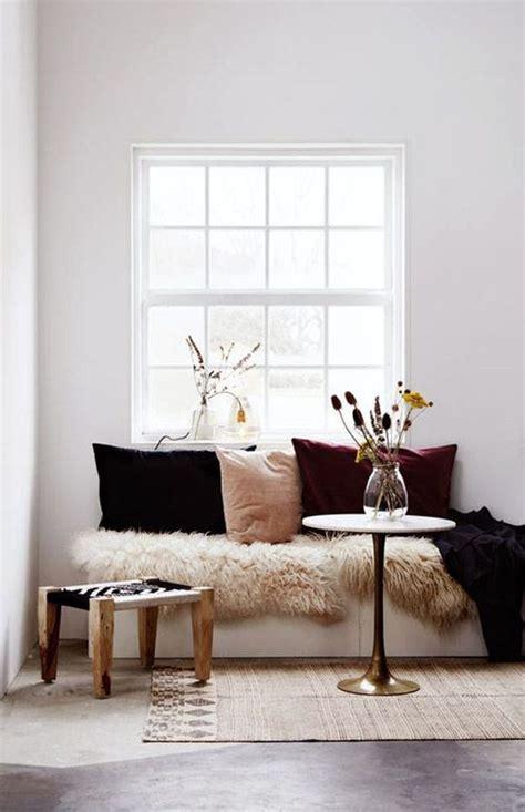 Terbaik Bantal Sofa 17 Desain Bantal Sofa Ruang Tamu Terbaik Aparumah