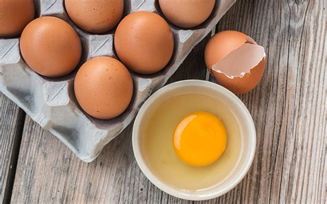 healthy fats eggs 5 healthy sources you re not
