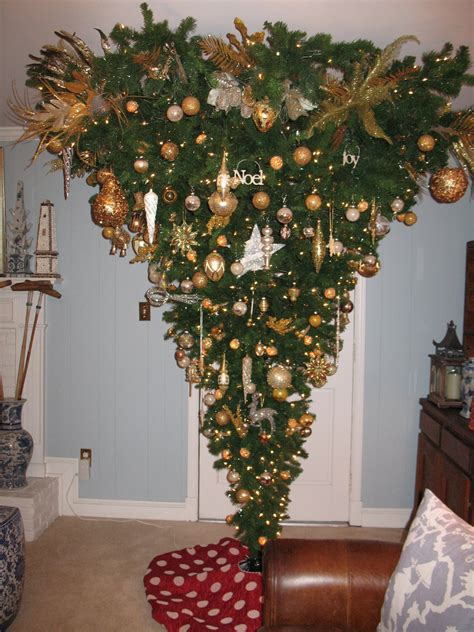 upside down christmas tree chinoiserie chic chinoiserie chic christmas my new